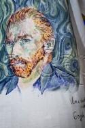 Atelier AD Tricou Autoportret small 5660 125x187 Atelier Arte Decorative: Tricou pictat Autoportret