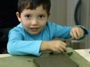 Grup 4 6 ani Modelaj Lut Casa Alex 130x98 Atelier modelaj