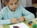 Grup 4 6 ani Modelaj Plastilina Fructe de Toamna Teuta. 130x98 Atelier modelaj