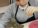 Grup 6 8 ani Modelaj Lut Bufnita Luca. 130x98 Atelier modelaj