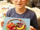 Grup 6 8 ani Modelaj in plastilina Cos cu fructe Mara 130x98 Atelier modelaj
