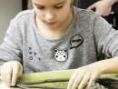 Grup 8 10 ani Modelaj Lut Vaza Kira 130x98 Atelier modelaj