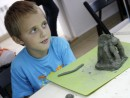 Grup 8 10 ani Modelaj lut Gargouille Razvan 130x98 Atelier modelaj
