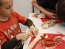 Grup 8 10 ani modelaj ceramica Suport oua Razvan 130x98 Atelier modelaj