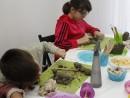 Grup 8 10 ani modelaj lut Arici Victor si Fidan 130x98 Atelier modelaj