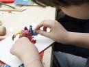 Grup 8 10 ani modelaj plastilina Creatura Vlad 130x98 Atelier modelaj