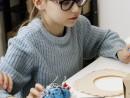 Design Vestimentar Colier cusut cu margele Ilinca4 130x98 Atelier design vestimentar, Copii 8 18 ani
