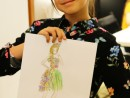 Design Vestimentar Craiasa primaverii Ilustratie in creioane cerate Ana 130x98 Atelier design vestimentar, Copii 8 18 ani