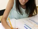 Design Vestimentar Studiul corpului uman Creioane colorate Femeie Miruna1 130x98 Atelier design vestimentar, Copii 8 18 ani