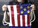 Scoala de Vara Atelier Design Vestimentar Cusut si decorat Rucsac Steagul SUA Antonia 130x98 Scoala de Vara, 2018 – Galerie Foto