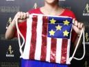 Scoala de Vara Atelier Design Vestimentar Cusut si decorat Rucsac Steagul SUA Eva 130x98 Scoala de Vara, 2018 – Galerie Foto
